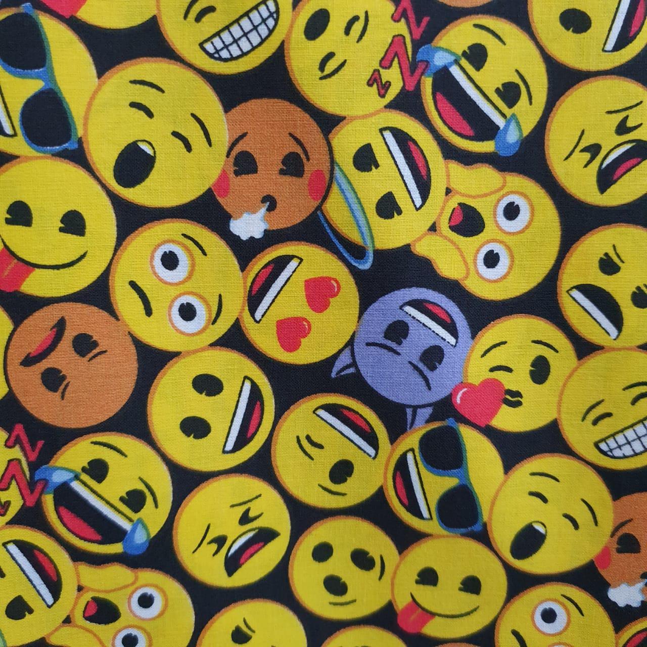 Tecido Tricoline Emoji Fundo Preto